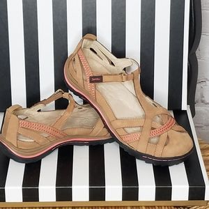 Jambu Charley All Tera Sandals NWT Size 8